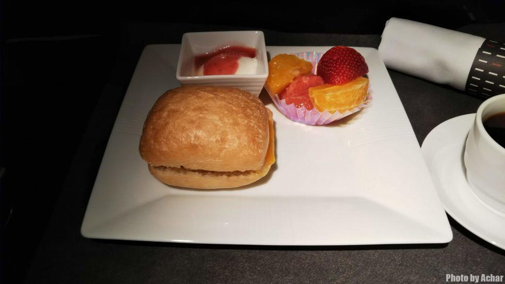 プロシュートハムとダブルチーズのサンド