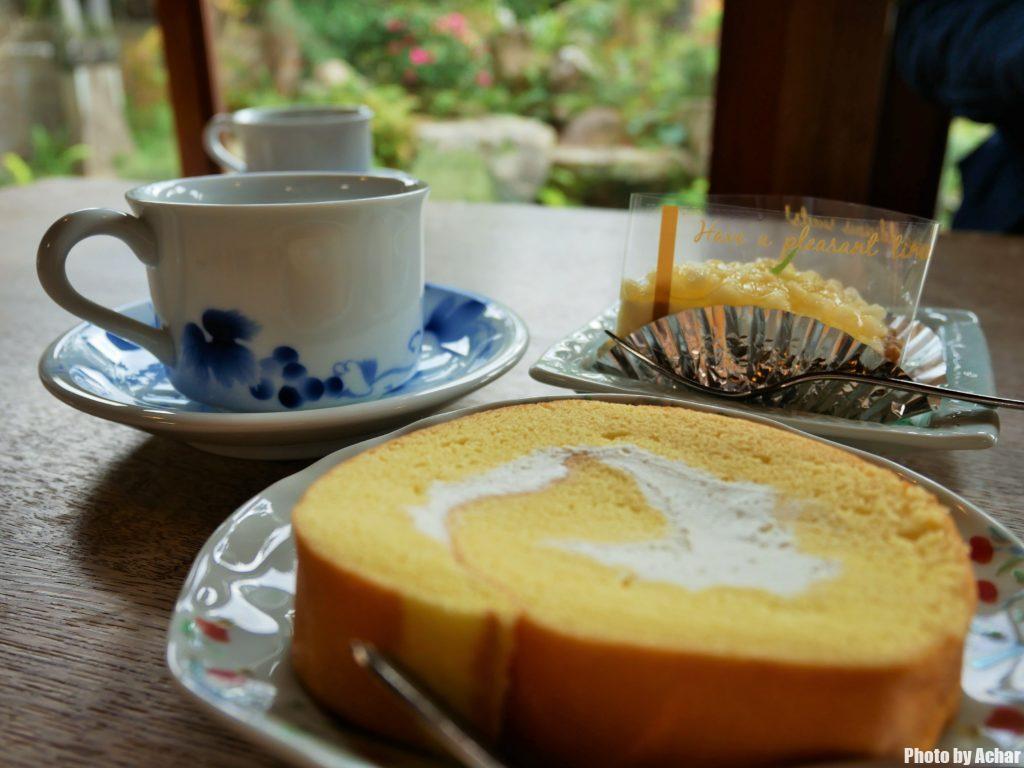 たまご色のケーキ屋さんのロールケーキ